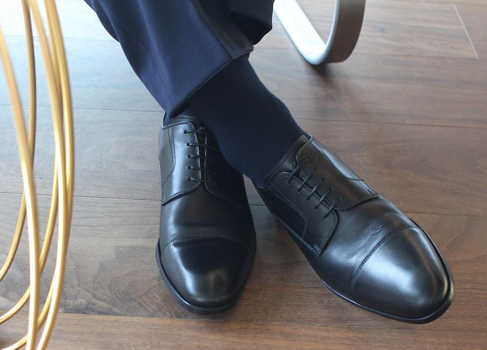 c5b2a2b4 Kolejne buty to brązowe wiedenki (oksfordy) szyte metodą Blake, pochodzące  z włoskiej manufaktury Delavè. Buty są piękne, więc uznałem, że ich godnym  ...